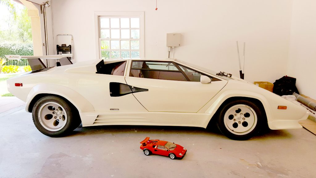 Image of ModelSpace 1:8 scale model Lamborghini Countach, in front of a real Countach, for a blog interview with ModelSpacer Allan Lambo