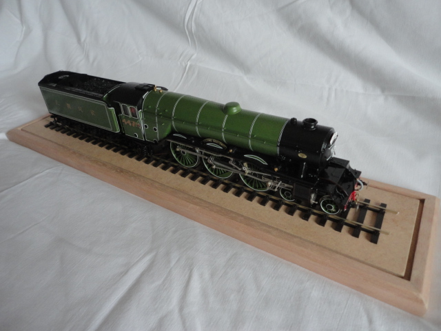 Image of the Hachete Flying Scotsman scale model train, as part of a blog about the ModelSpace October scale modeller of the month - Ian Ratliff.