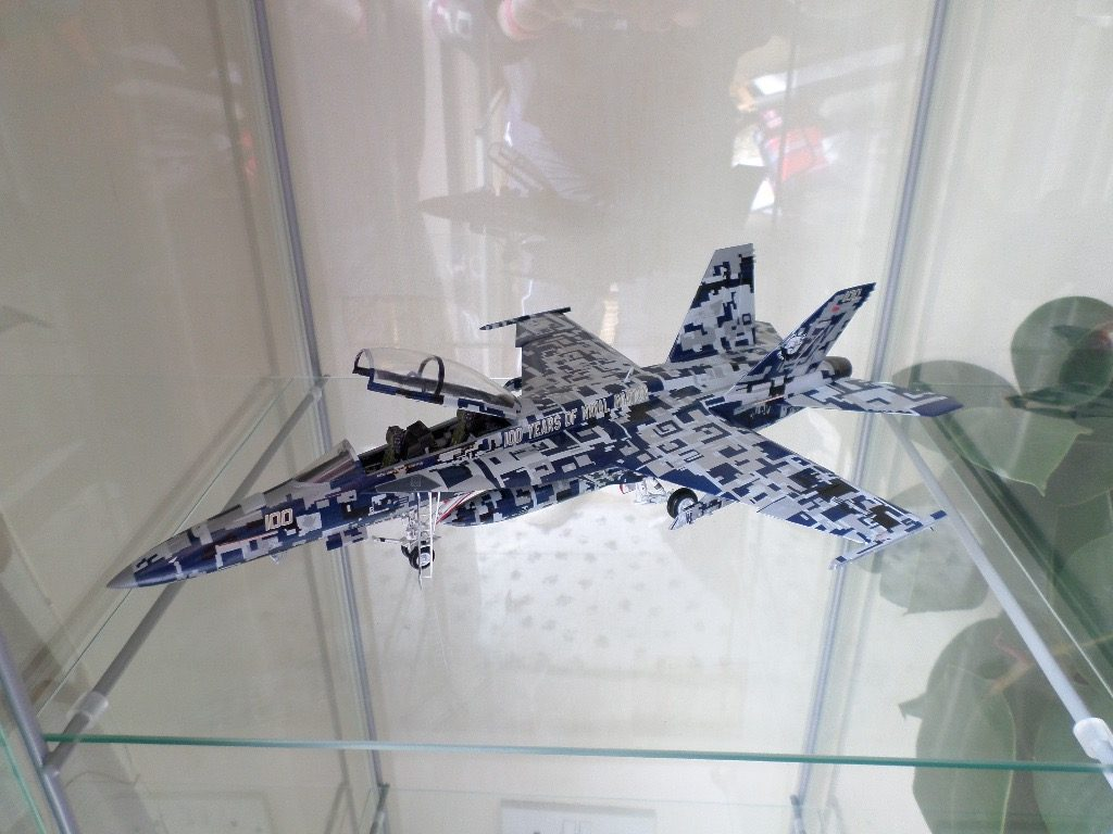 Image of the F18 Super Hornet scale model plane, as part of a blog about the ModelSpace October scale modeller of the month - Ian Ratliff.