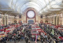 Image of the crowds at the London Model Engineering Exhibition at Alexandra Palace, as part of a blog about the London Model Engineering Exhibition 2017.