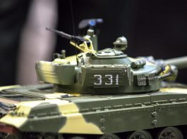 Cover image of a 1:16 scale model T-72 Russian Tank, for a blog about the history and origin of the T-72 Russian Tank.
