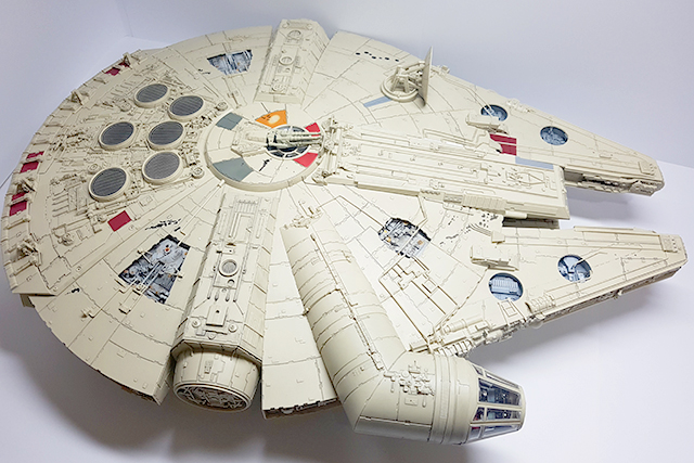 Image of a De Agostini ModelSpace 1:1 scale Millennium Falcon model, as part of a blog about the ModelSpace March scale modeller of the month - Dave Crayford.