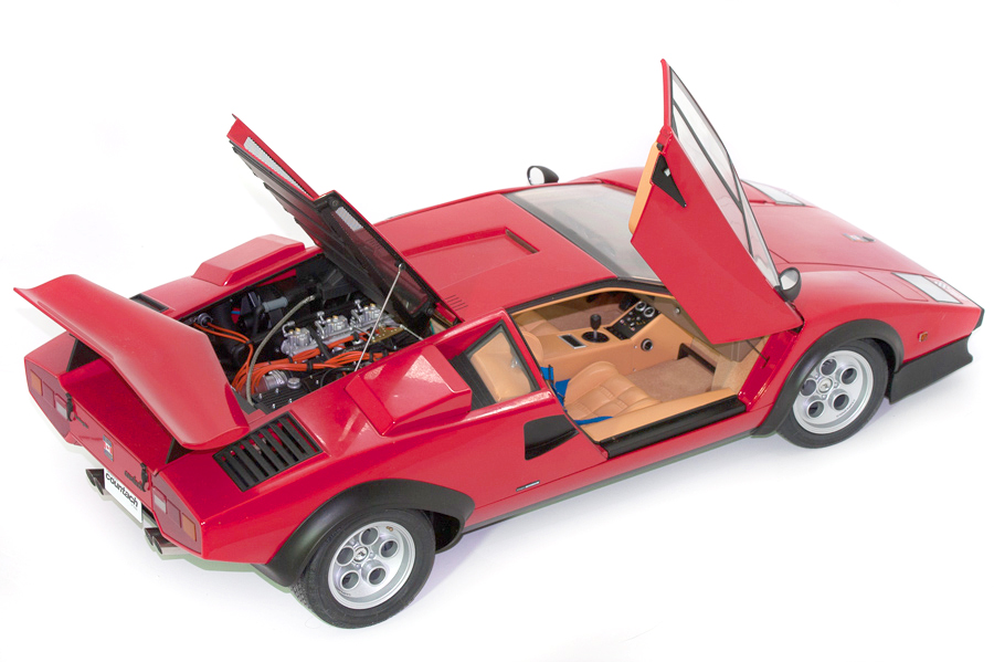 Image of 1:8 scale Lamborghini Countach model, as part of a blog about the ModelSpace May scale modeller of the month - Michal Chaniewski.