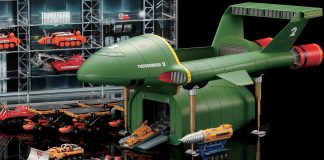 Image of the De Agostini ModelSpace 1:144 scale Thunderbirds 2 prop replica, for a blog about the history of the Thunderbirds TV show.