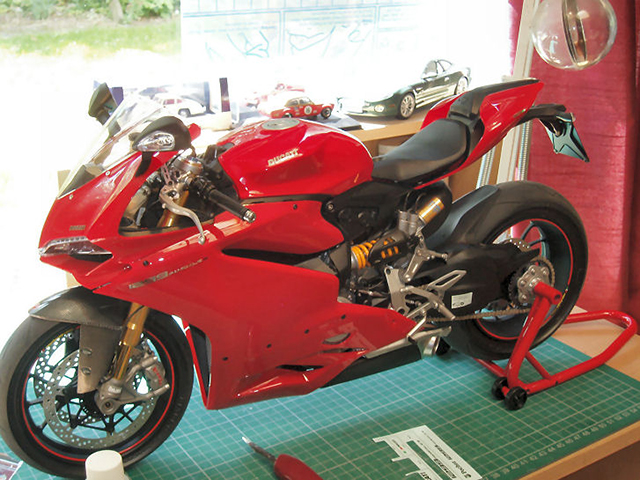 Image of the De Agostini ModelSpace Ducati 12pp Panigale S scale model superbike, as part of a blog about the ModelSpace December scale modeller of the month - Roy Fitzsimmonds.