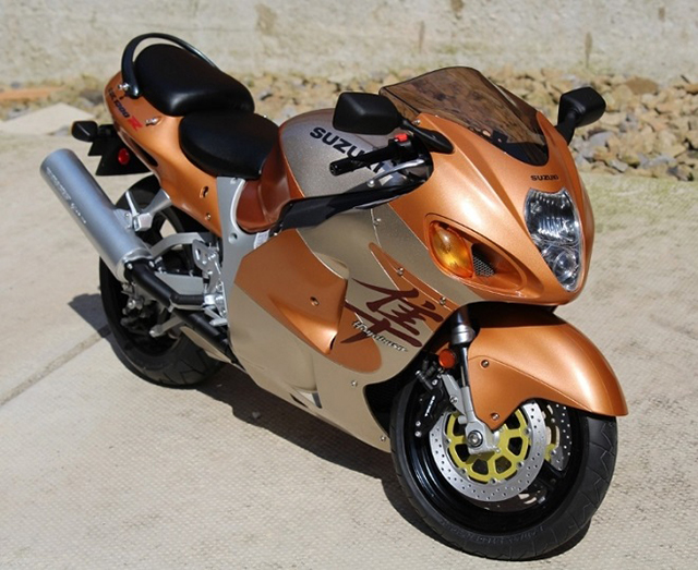Image of the DeAgostini ModelSpace Suzuki Hayabusa, as part of a blog about the ModelSpace February scale modeller of the month - Alan Crofts.