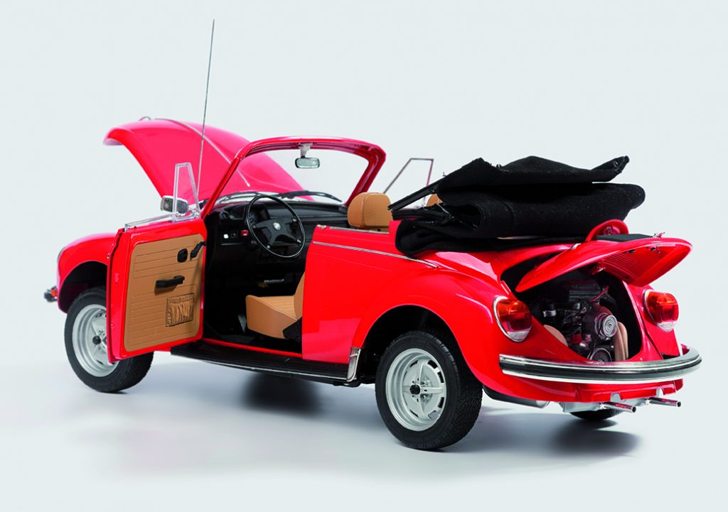 Image of VW Beetle 1303 Cabriolet 1:8 scale model, as part of a blog about the Volkswagen Beetle History.