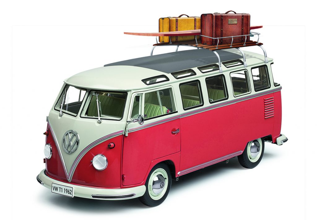 Image of 1:8 scale DeAgostini ModelSpace VW T1 Samba model, as part of a blog about the volkswagen bus history and facts.