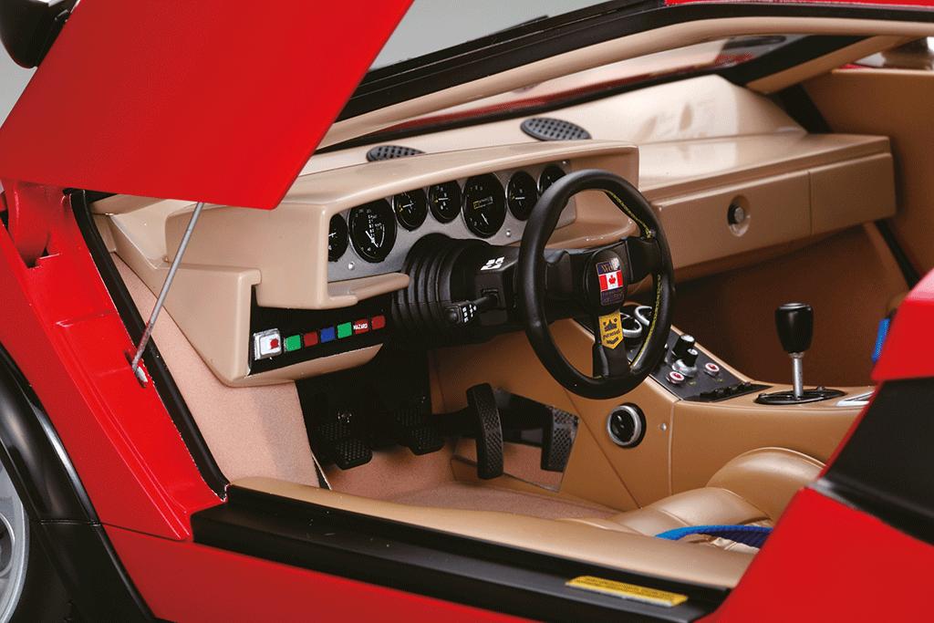 Build The Lamborghini Countach Lp500s 1 8 Car Scale Model Full Kit Modelspace