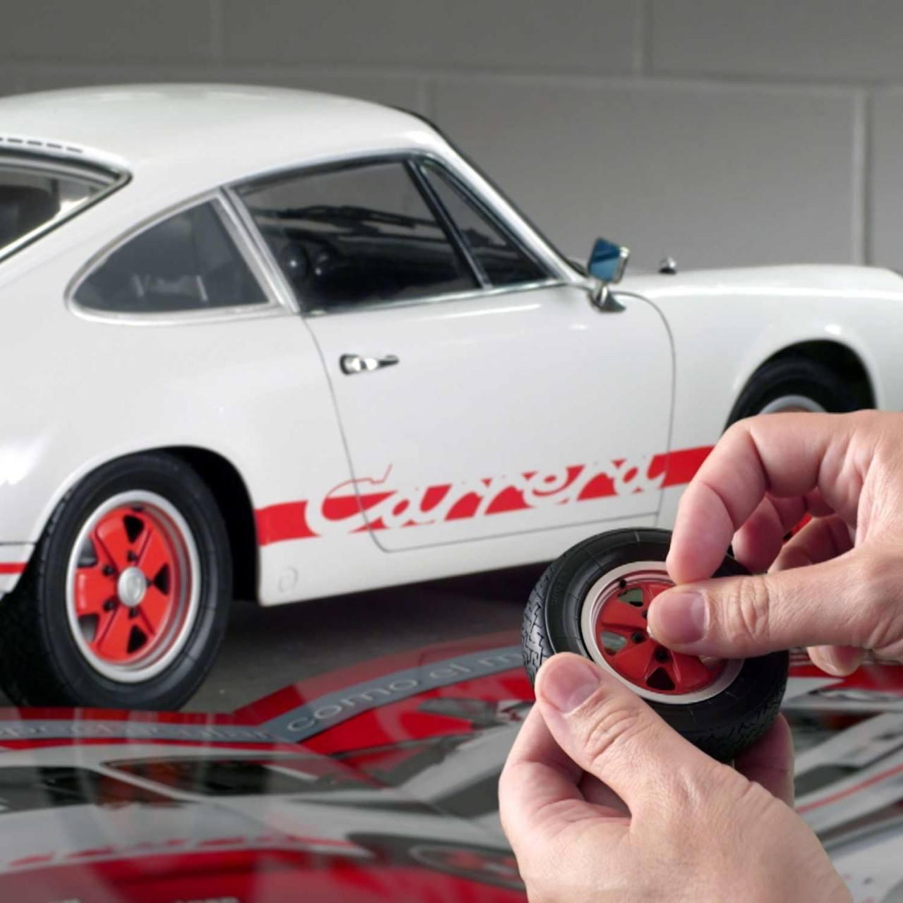 Build Your Own Porsche >> Build Model Porsche 911 Carrera   1:8 Scale   ModelSpace
