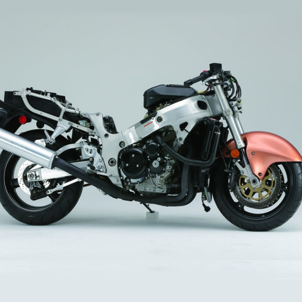 Suzuki Hayabusa GSX1300R | 1:4 Model Bike | Full Kit | ModelSpace