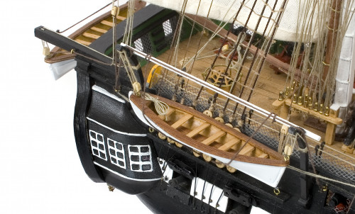 Build the USS Constitution in 1:76 Scale