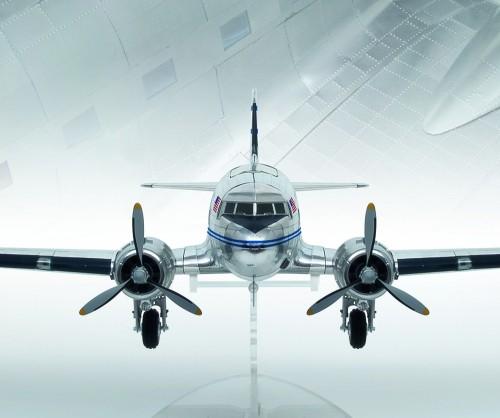 Build the Douglas DC-3 -1:32 scale