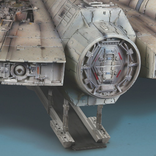 Build the Star Wars Millennium Falcon in 1:1 Scale