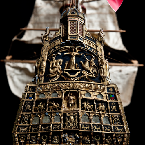 Build the Sovereign of the Seas -  Cast metal decorations