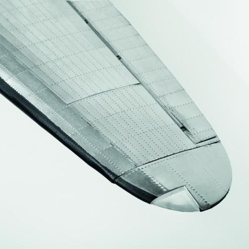 Build The Douglas DC-3 Model - Authentic rivet markings