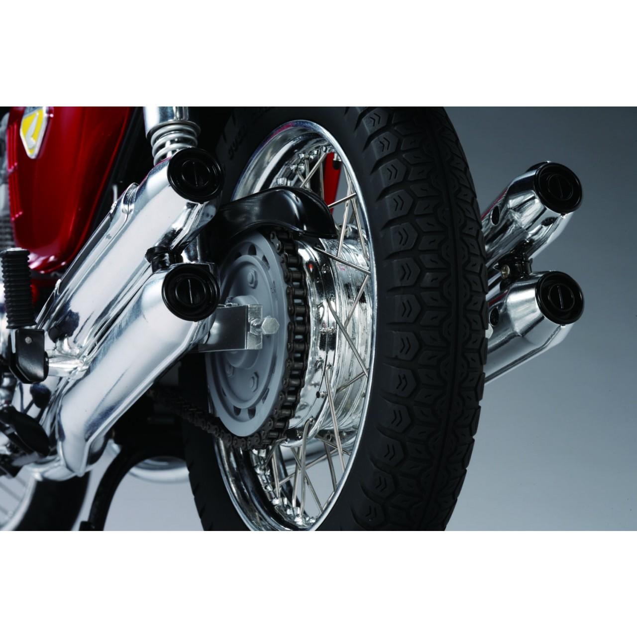 Honda CB750 Motorcycle Model 1:4 Scale Full Kit   ModelSpace