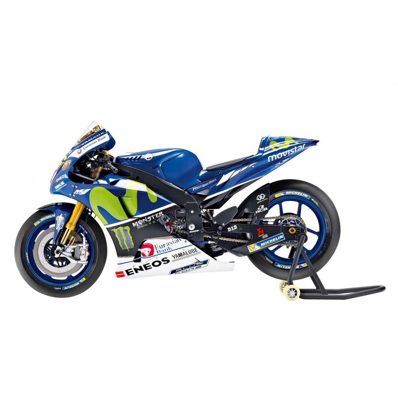Build Valentino Rossi S Yamaha Yzr M1 Bike 1 4 Model