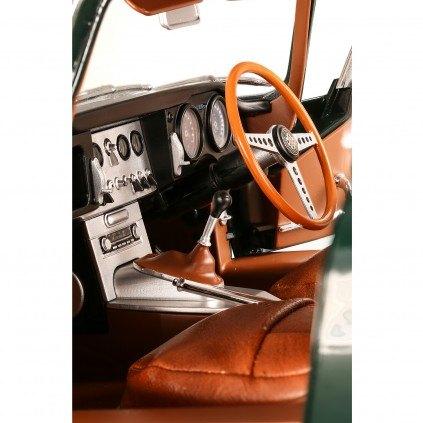 Jaguar E-Type   1:8 Scale