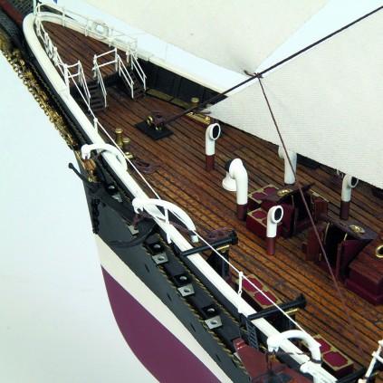 Standart | 1:130 Model Yacht