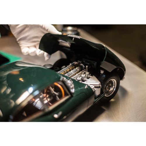 Jaguar E-Type | 1:8 Scale