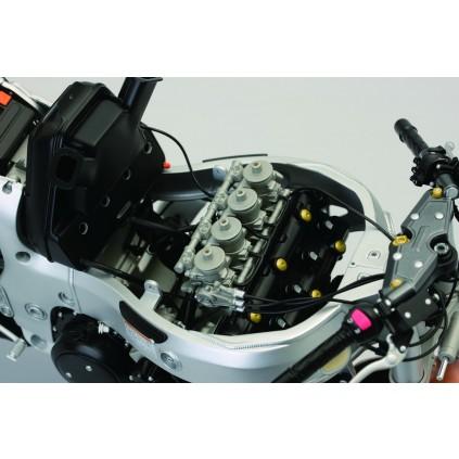 Suzuki GSX 1300R Hayabusa - Alle Teile des Modells basieren bis ins kleinste Detail auf dem Original.