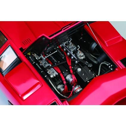 Der Lamborghini Countach LP 500S - Die Motorhaube lässt sich öffnen