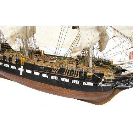 Bauen Sie die USS Constitution im Maßstab 1:76