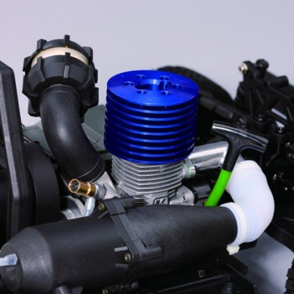 Bau und steuere den Hummer H1- Das Herz des Hummers ist Kyoshos mächtiger GX21-Motor