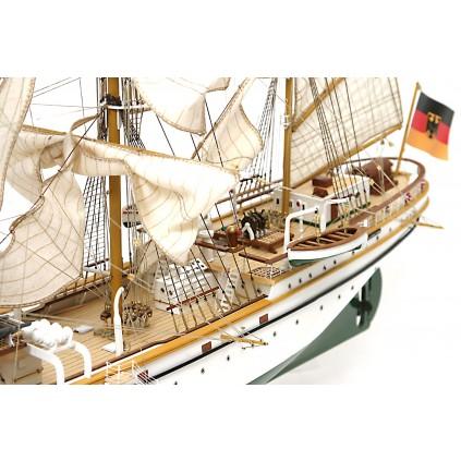 Gorch Fock - Von Hand zugeschnittene Segel