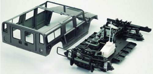 Bau und steuere den Hummer H1 - Karosserie und Rahmen sind aus HIPS gefertigt.