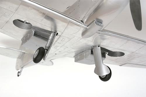Bauen Sie die Supermarine Spitfire - Ein atemberaubendes Modell