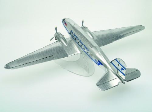 Bauen Sie die Douglas DC-3 - Maßstab 1:32