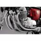 Honda Dream CB750 FOUR - Die vier Auspuffrohre sind verchromt, genau wie diejenigen am echten Motorrad.