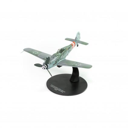 FOCKE-WULF FW 190D – GERHARD BARKHORN