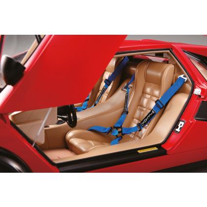 Lamborghini Countach LP 500S Model - Four-point harnesses