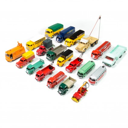 Camions Dinky