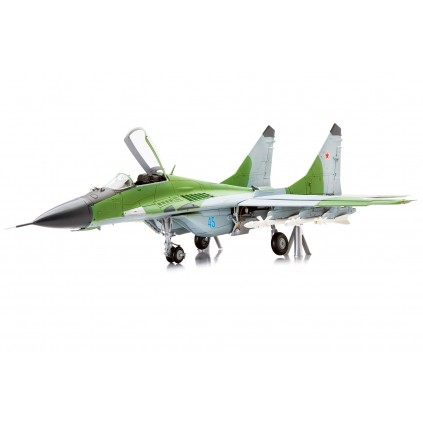 MiG-29   Maquette échelle 1:24