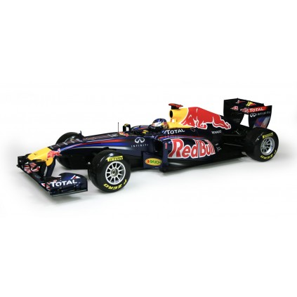 Construisez et conduisez la Red Bull Racing RB7